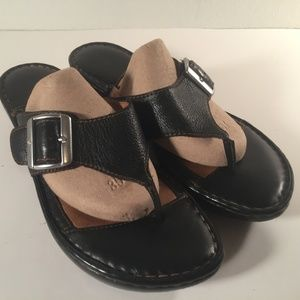 Born Black Leather T-Strap buckle Wedge Sandals 9